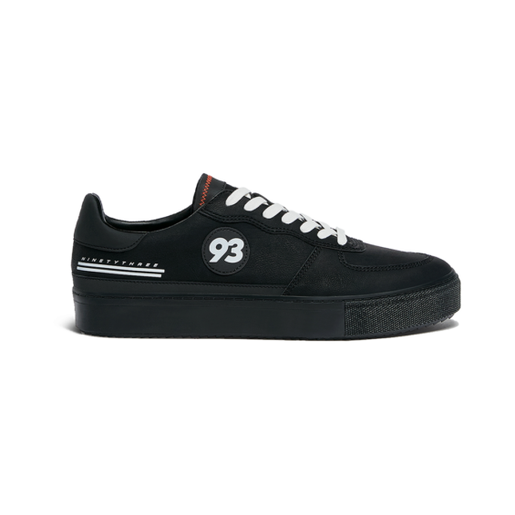 Zapatillas casual negras MM93
